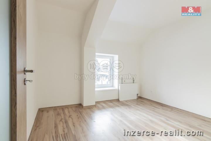 Prodej, byt 1+1, 40 m2, Holice, ul. Hanzlova