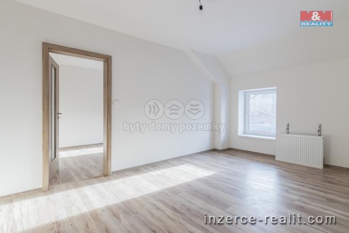 Prodej, byt 2+1, 48 m2, Holice, ul. Hanzlova