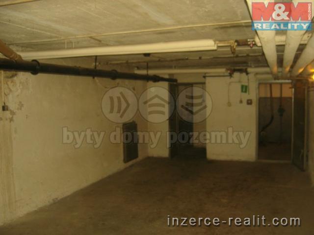 Prodej, nebytové prostory, 85 m2, Vsetín, ul. Trávníky