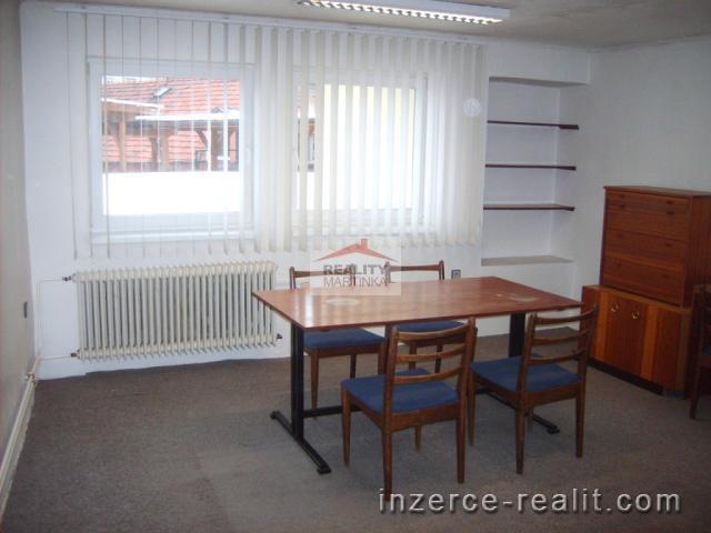 Pronájem dvou kanceláří 38 m2, ul. Mostní , Valašské Meziříčí