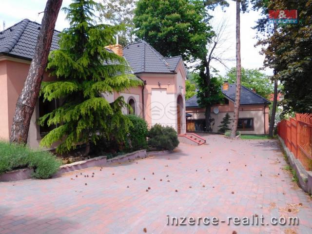 Prodej, 2 x rodinný dům s pozemkem, 240 m2, Most