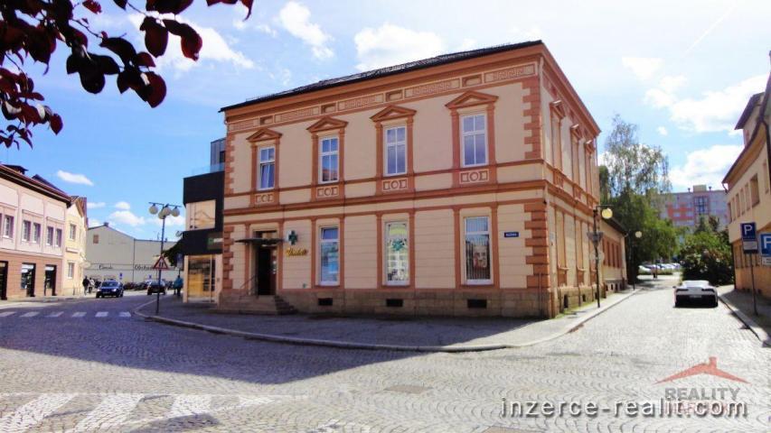 Prodej komerční budovy Valašské Meziříčí centrum