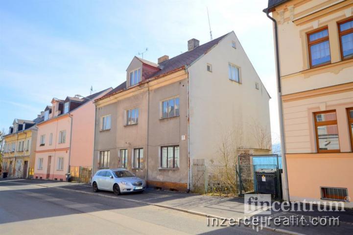 Prodej činžovního domu 688 m2 U Trati, Karlovy Vary Bohatice