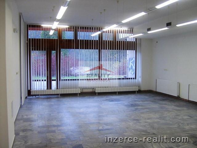 Pronájem obchodních prostor 130 m2, Vsetín