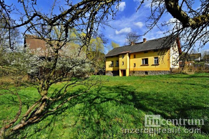 Prodej rodinného domu 350 m2, Mříčná