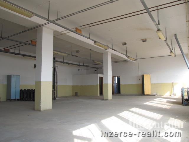 Pronájem skladového prostoru 200 m2, Jihlava Antonínův Důl