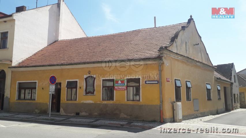 Prodej, rodinný dům 3+1, 395 m2, Netolice, ul. Václavská