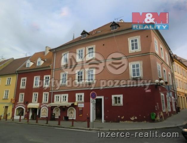 Prodej, byt 3+1, 95 m2, Cheb, ul. Smetanova