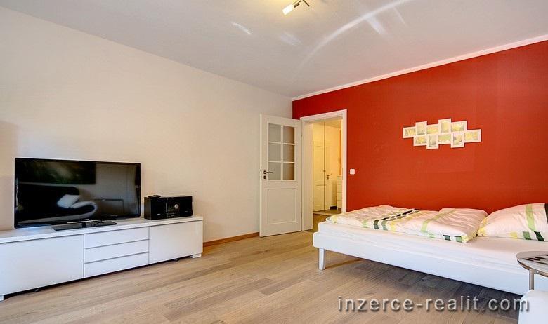 Praha, Bubenec, Pronájem bytu 1+1