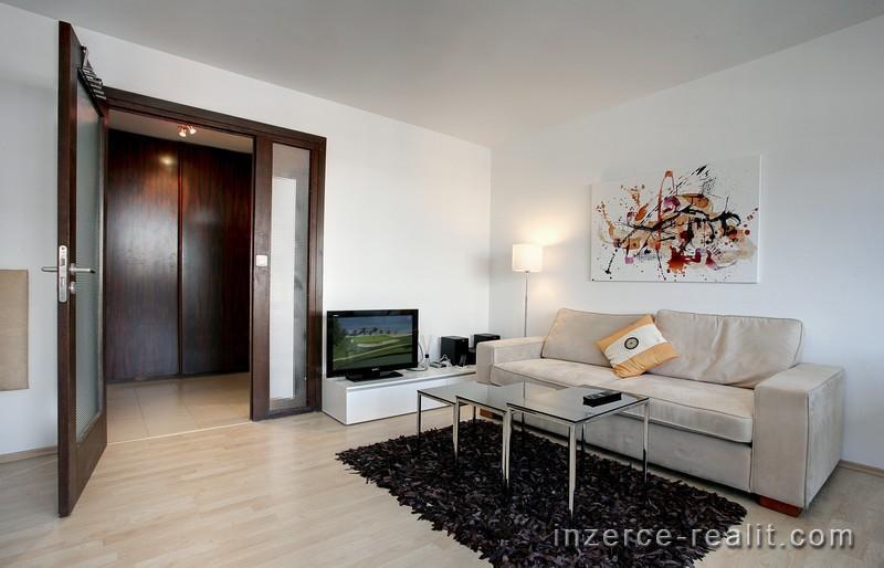 Pronájem bytu 36 m2, 1 +1