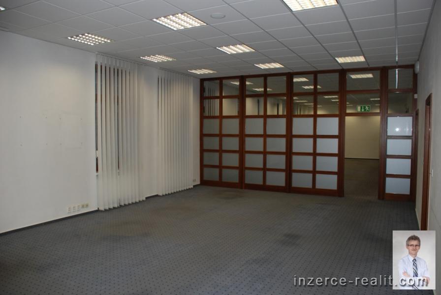 Pronájem Kanceláře, Nový Jičín, Masarykovo nám.
