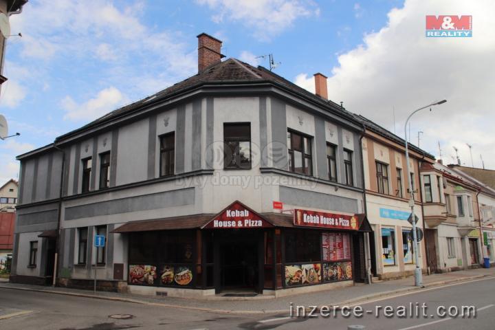 Prodej, nájemní dům, Lomnice nad Popelkou, Školní náměstí