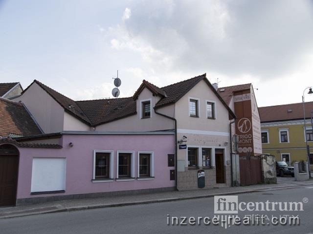 Pronájem komerční nemovitosti 150 m2 Kapetova, Dačice Dačice III