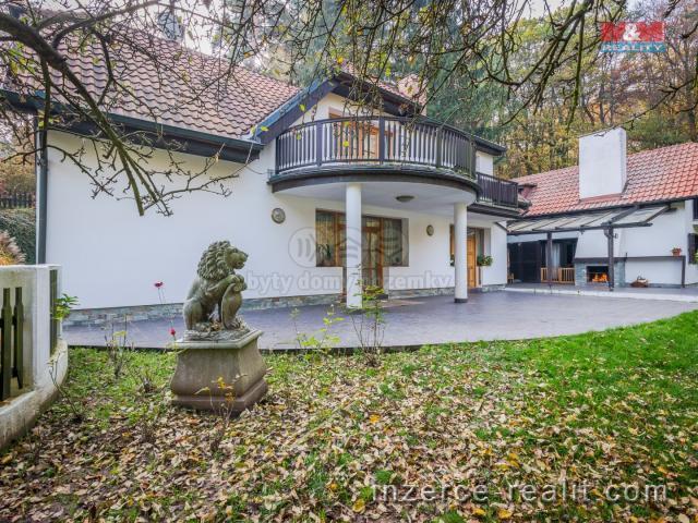Prodej, vila 7+1, 4 110 m2, Kostelec nad Černými lesy