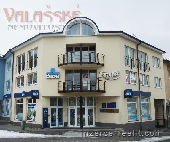 Pronájem lukrativních kanceláří v centru Valašského Meziříčí.