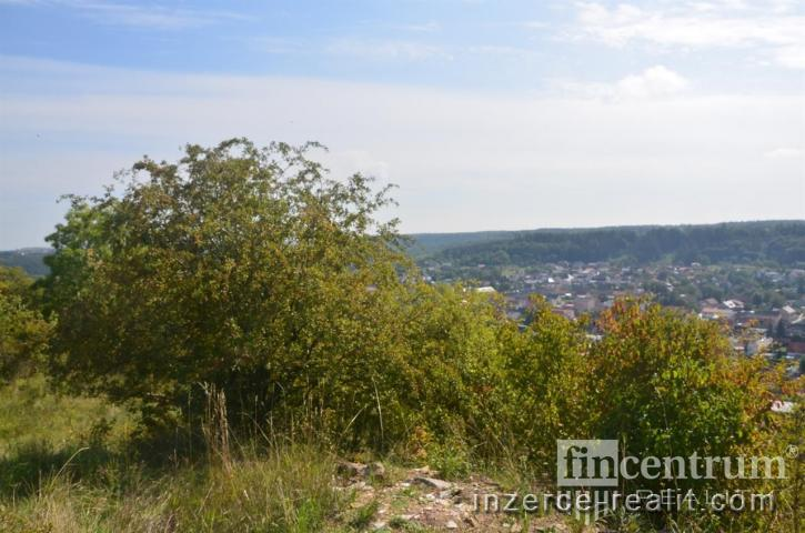 Prodej stavebního pozemku 1378 m2 Libušín