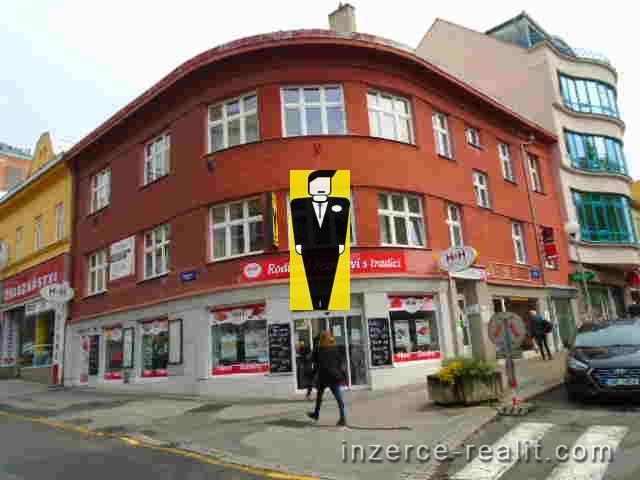 Pronájem dvou kanceláří 55m2, střed města Zlína