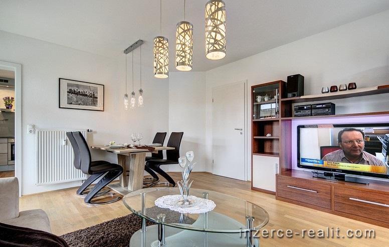 Pronájem bytu 2 + 1, Kvalitní a moderní byt