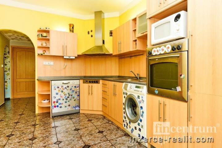 Prodej bytu 3+1 75 m2 Javorová, Teplice Nová Ves