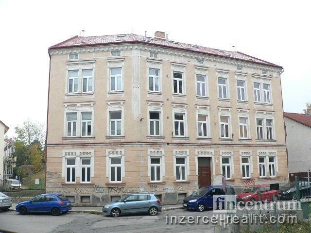 Prodej bytu 3+1 86 m2 Fibichova, Jihlava