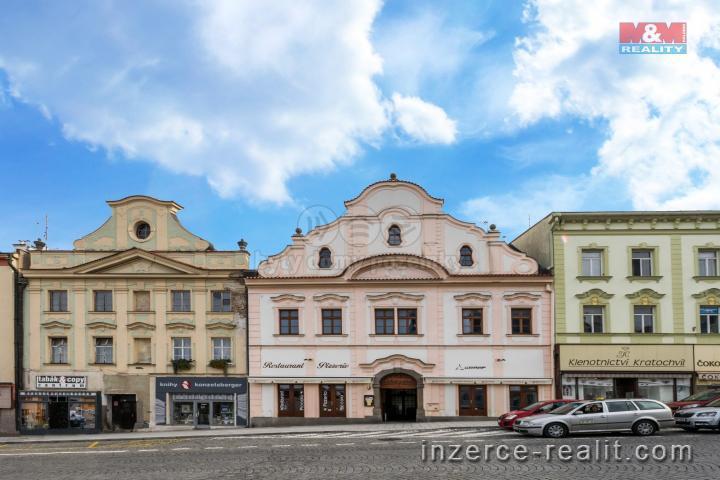 Prodej, nájemní dům, 738 m², Klatovy, ul. nám. Míru