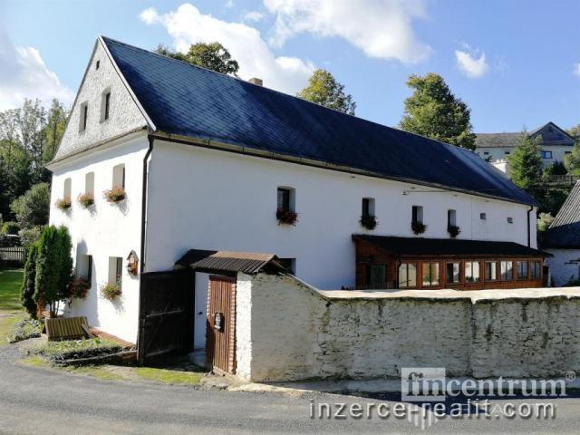 Prodej rodinného domu 437 m2, Radiměř