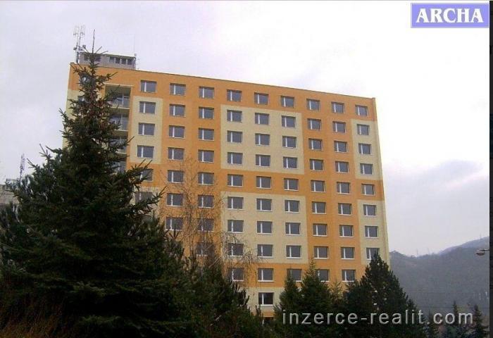 Prodej bytového domu po rekon, 136 bytů,  8400 m2, Ústí nad Labem