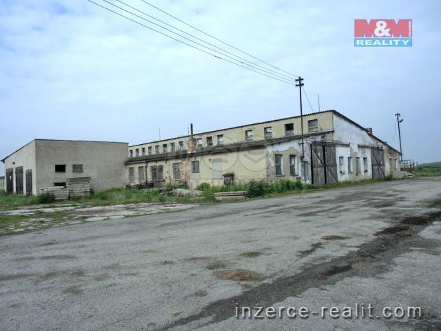 Prodej, areál st.pozemků a zemědělských staveb, Husí Lhota