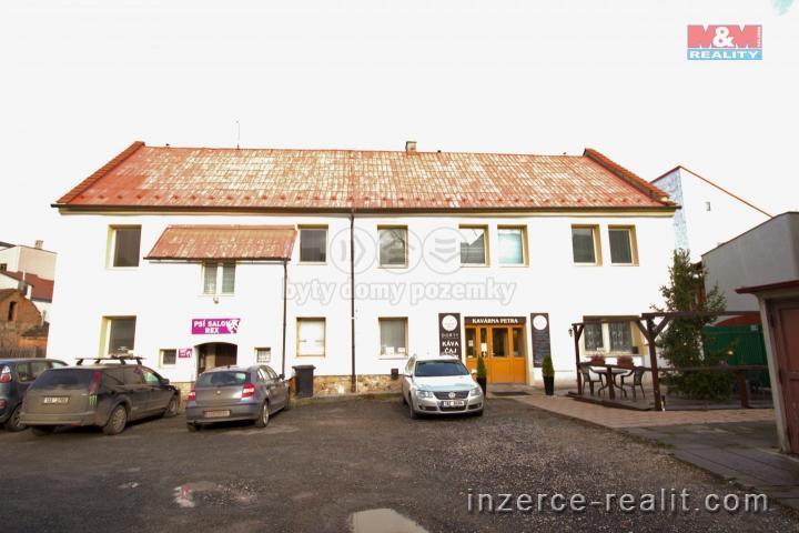 Prodej, nájemní dům, 655 m², Rakovník, ul. Husovo náměstí