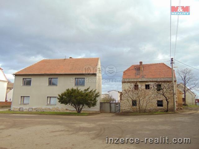 Prodej, zemědělský objekt 2323 m2, Lišany