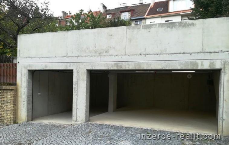 Praha 5, pronájem nové samostatné trojgaráže (60m2), ulice U Malvazinky - Smíchov,.
