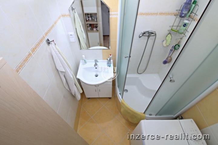 Nabízíme k prodeji byt 3+1 ve vyhledávané lokalitě u lesoparku Heulos, ulice Na Kopci, Jihlava