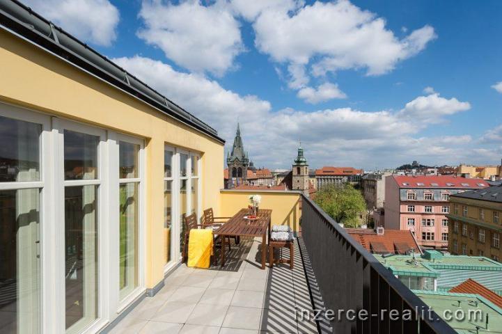 Praha, unikátní plně zařízený byt s terasou k pronájmu, ul Jindřišská, Nové Město, 5+kk, 176,2m