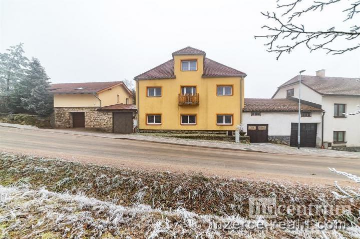 Prodej ubytovacího zařízení 1022 m2, Řásná