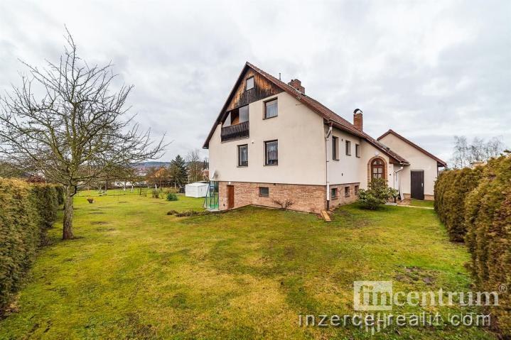 Prodej rodinného domu 250 m2, Kostelec