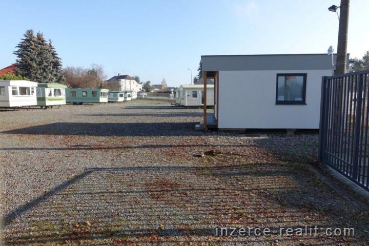 Pronájem komerčního pozemku o výměře 2200 m2, Stochov - Slovanka