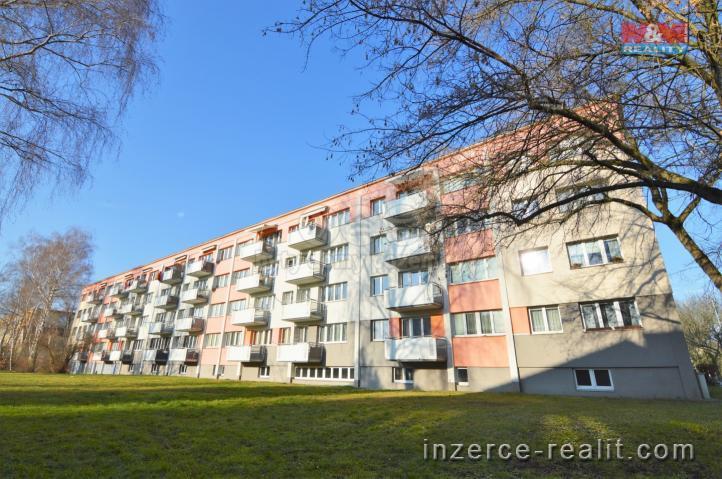 Pronájem, byt 1+kk, Hradec Králové, ul. Markovická
