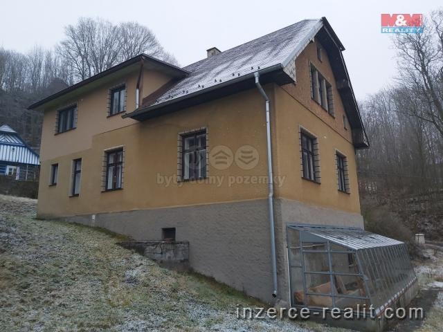 Pronájem, rodinný dům Semily, 1707 m²