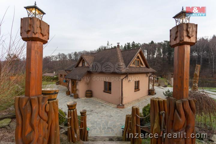 Prodej, rodinný dům 5+1, 8441 m2, Petřvald