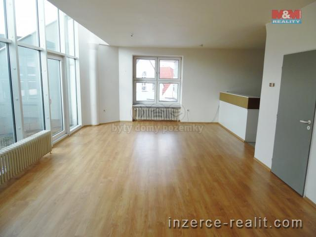 Pronájem, byt 3+kk, 103 m², Jindřichův Hradec, ul. Nádražní