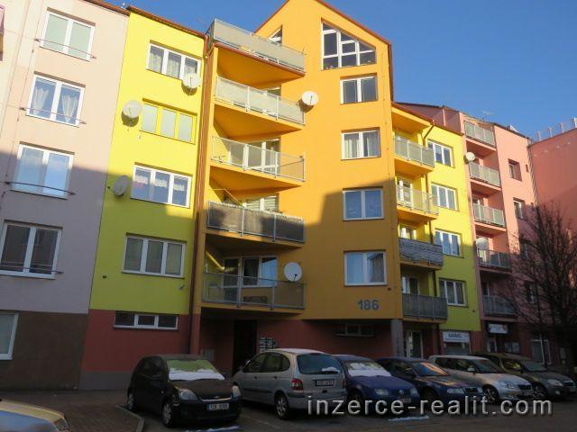 Zděný byt 2+kk Mír, Český Krumlov