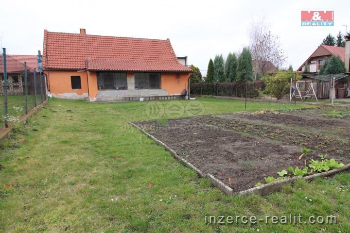 Prodej, rodinný dům, 5+1, 767 m², Dolní Beřkovice,