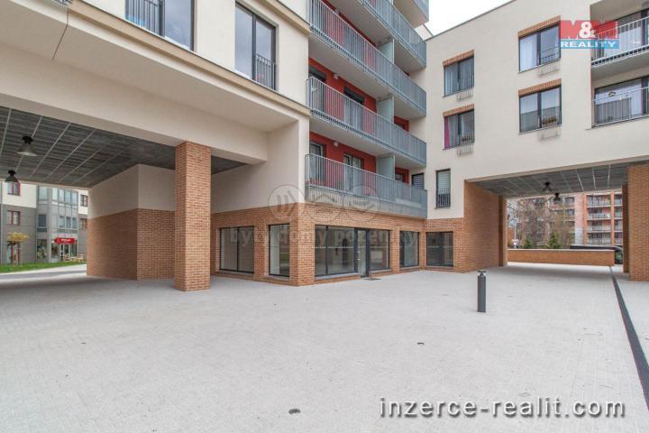Pronájem, obchodní prostory, 117 m2, Praha 6 - Dejvice