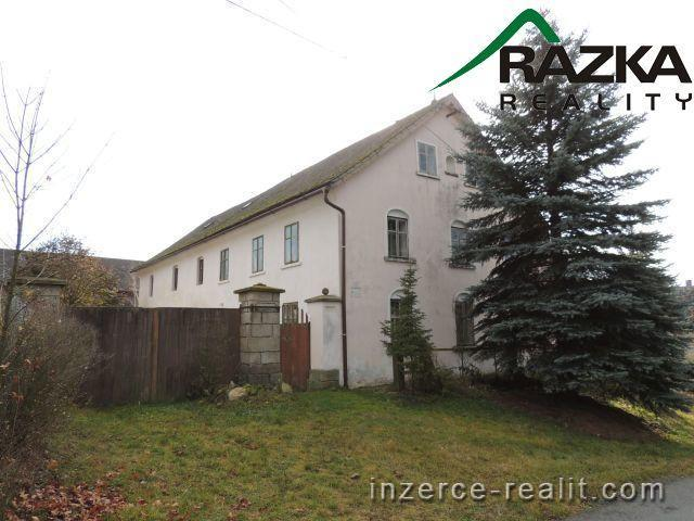 Rodinný dům 5+1 (306 m2) Tachov - Velký Rapotín, okr. Tachov