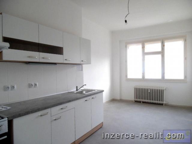Pěkný byt 2+1 po rekonstrukci na Praze 5