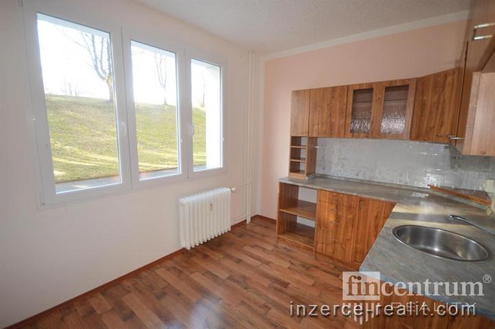 Prodej bytu 2+1 52 m2 Slavíčkova, Sokolov