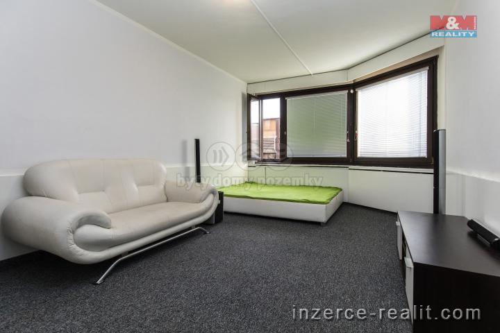 Pronájem kancelářského prostoru, 27 m2, Pardubice
