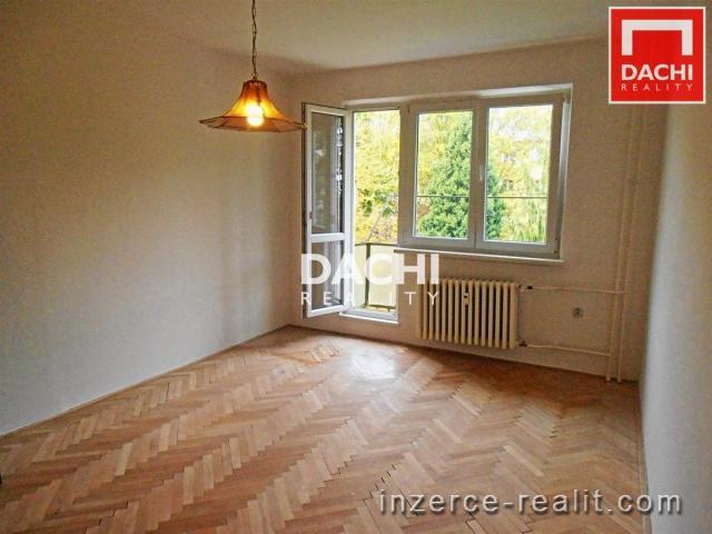 Pronájem nezařízeného bytu 3+1, 75 m, Olomouc, ulice Hněvotínská