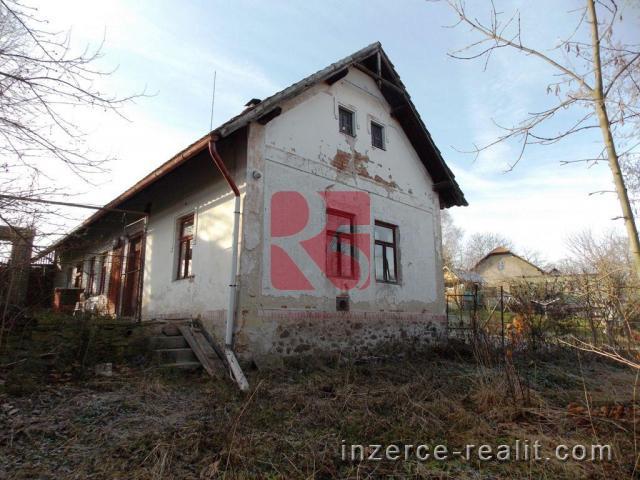Zemědělská usedlost, pozemek 1237m2,Nový Samechov.