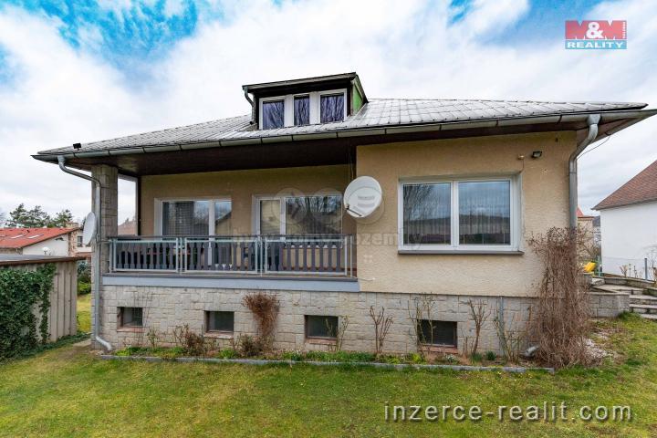Prodej, rodinný dům 4+2, 576 m2, Rokycany
